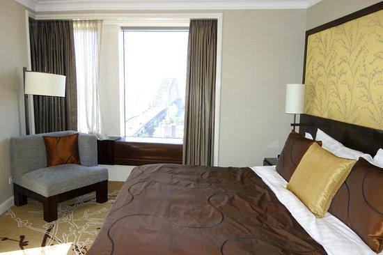 Shangri-La Hotel Sydney: Executive Grand Harbour View Suite