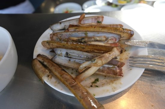Noordzee Mer du Nord : Razor clams grilled with white wine sauce