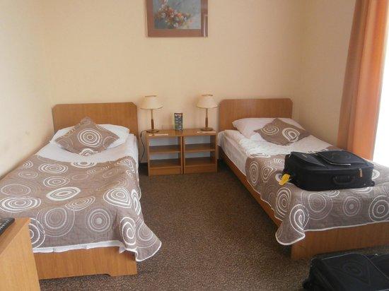 Gromada Hotel: chambre