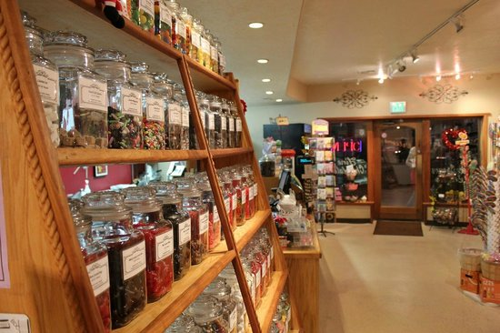 Springdale Candy Company: Bulk candies of all flavors including a wide variety of licorice