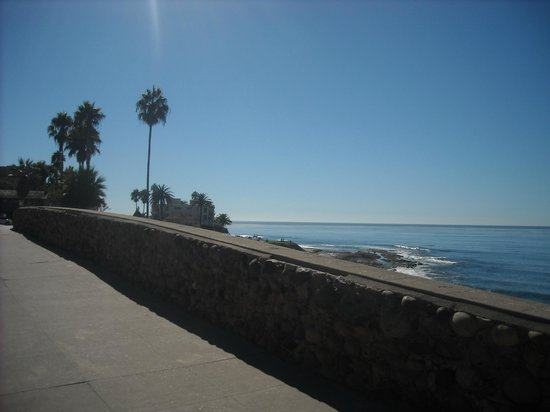 Old Town Trolley Tours of San Diego: View from Beach tour