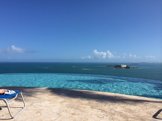 Las Casitas Village, A Waldorf Astoria Resort: Infinity pool!!!