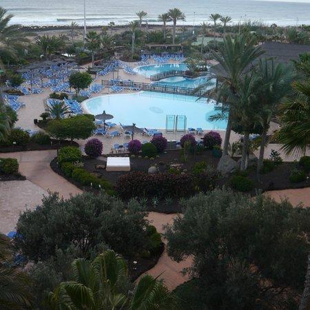 Hotel Elba Sara: Pool area