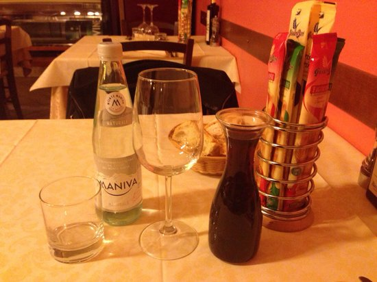 Da Vasco : Acqua e vino sfuso