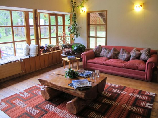 El Pangue Lodge: Sitting room in the hotel
