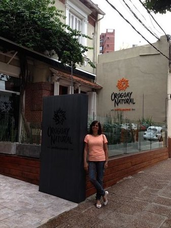 Uruguay Natural Parrilla Gourmet: Uruguay Natural - Agradável e Acessível