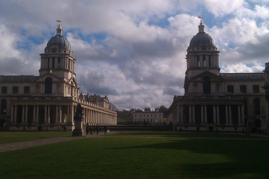 National Maritime Museum: Greenwich park and buildings