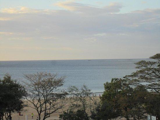 Condominio Sunrise Tamarindo: Zoomed view of the ocean