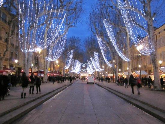 Cours Mirabeau Christmas lighs