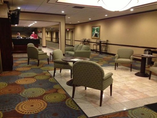 Best Western Plus Lockport Hotel: Front lobby