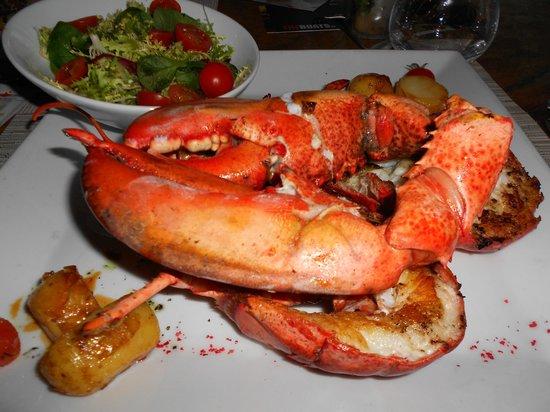 Ushuaia Ibiza Beach Hotel: Lobster at the hotel's beach restaurant