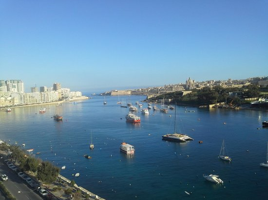 The Waterfront Hotel: view of valletta