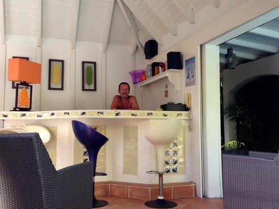 Salines Garden Cottages : bar