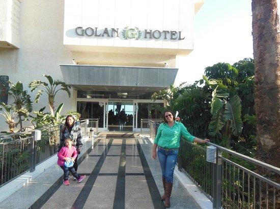 Golan Hotel: Frente hotel