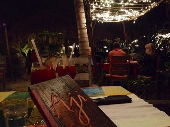 Aji Tapa Bar & Restaurant: dinner for two...