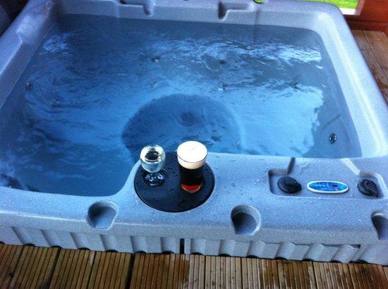 Westwood Lakes: hot tub ready to go.