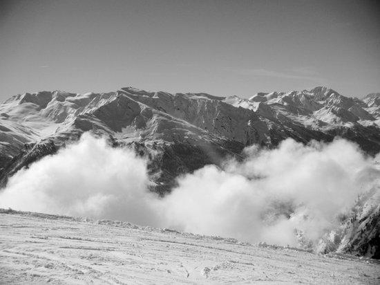 Résidence Goélia Les Flocons d'Argent : View from top of 6 man