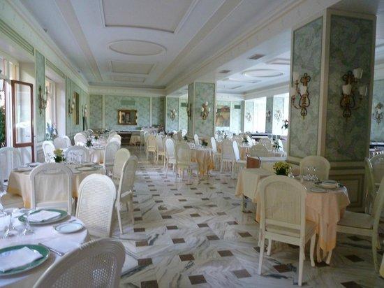 Grand Hotel De La Ville Sorrento: Dining Room