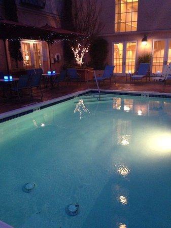 The Westin Palo Alto: Pool area at night. (Feb 2014)