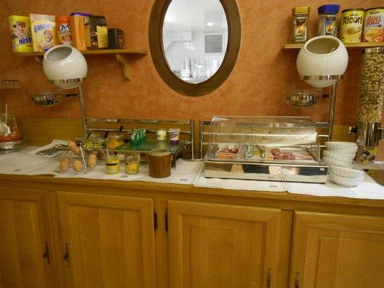 Best Western Bretagne Montparnasse: breakfast area