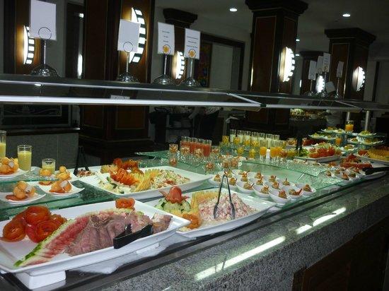 Hotel Riu Palace Macao: more food