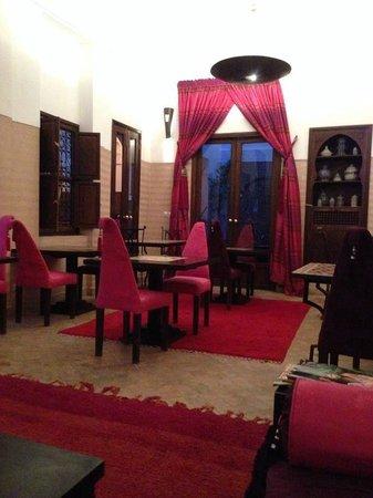Riad Pachavana: Breakfast area