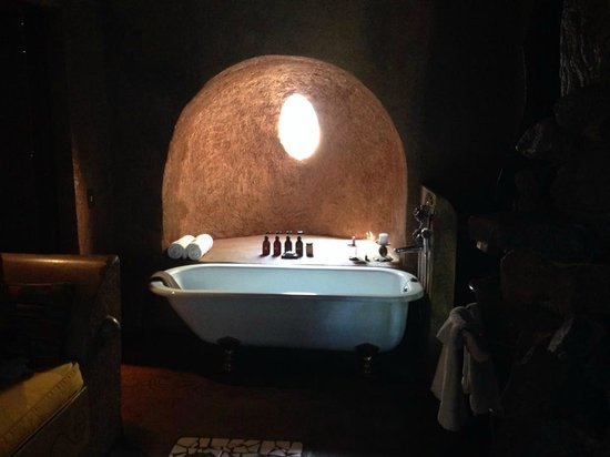 Makalali Private Game Lodge : Bathtub