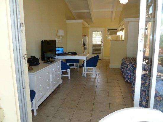 Islander Resort: Eating area