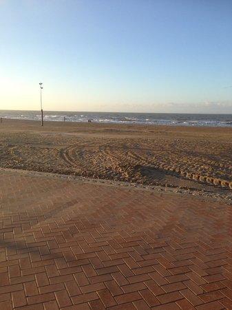 Hotel Villa Select : La plage en hiver
