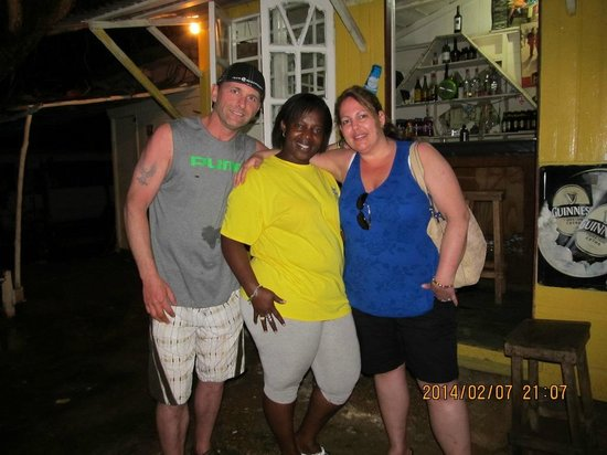 Collette's Bar : Great time!