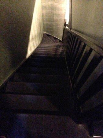 Hotel V Frederiksplein: le scale che scendono