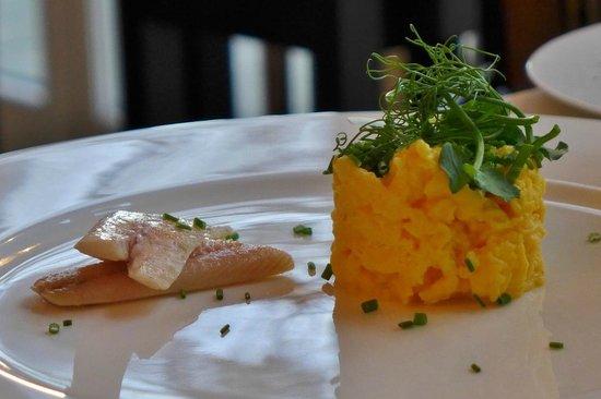 Hotel Louis C. Jacob: Rüherei mit Aal zum Frühstück