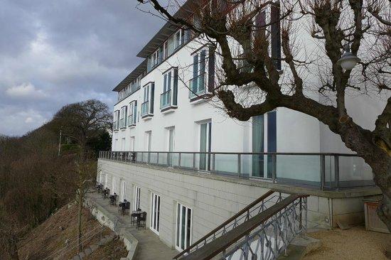 Hotel Louis C. Jacob: Neubau mit Elbblick