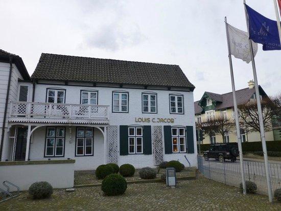 Hotel Louis C. Jacob: Blick von der Elbchaussee