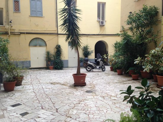 Moscatello: Outside from the Hotel