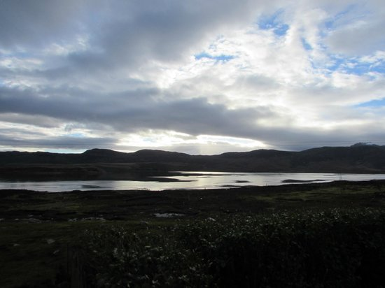 Glenaladale Bed & Breakfast: view over Loch Eriboll first thing in the morning