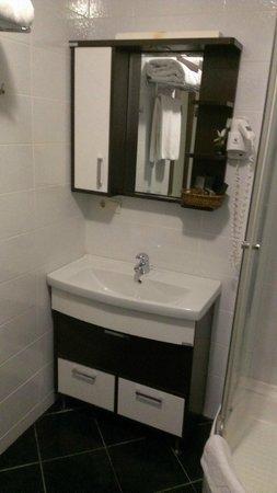 Belle Maison Residence : bathroom
