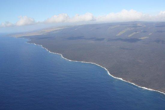 Blue Hawaiian Helicopters - Oahu: The ocean side of Kilauea