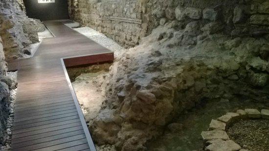 Vincci Seleccion Posada del Patio : Roman remains