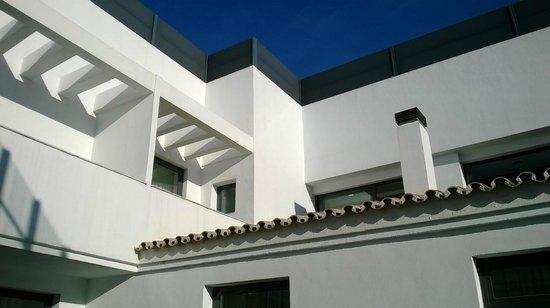 Vincci Seleccion Posada del Patio : Roof top view with blue sky!