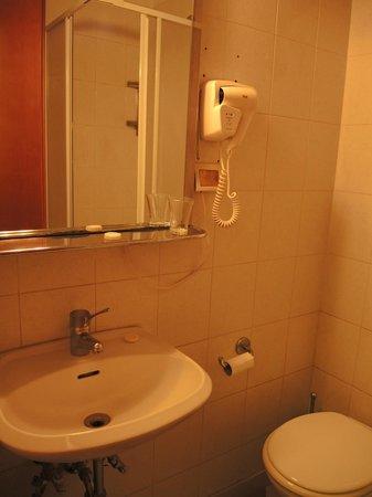 Hotel Locanda Carmel: Salle de bain