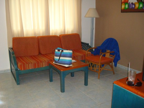 Sirenis Punta Cana Resort Casino & Aquagames: Room in block M