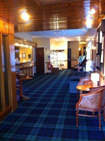 Claymore Hotel: reception