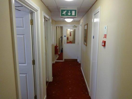 Tara Lodge: Corridor