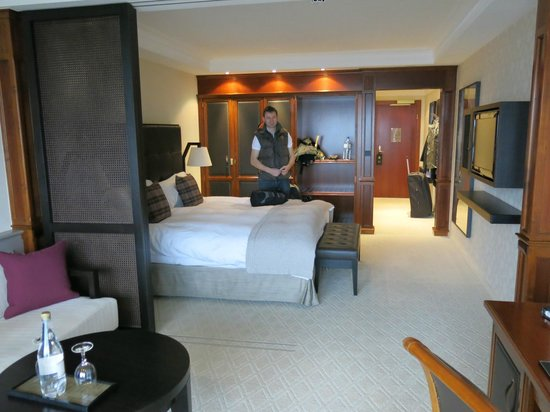The Europe Hotel & Resort: room 402