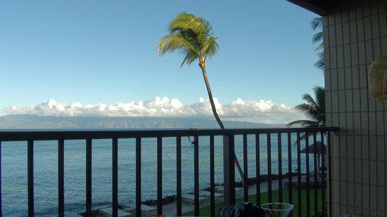 Kaleialoha Condominiums: Balcony 1