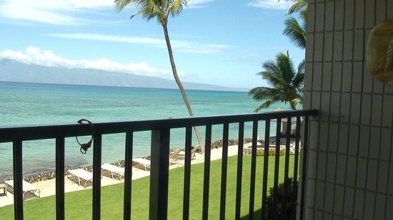 Kaleialoha Condominiums: Balcony 3