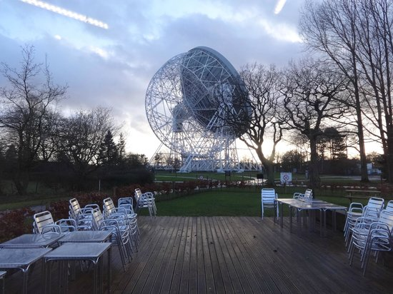 Jodrell Bank Discovery Centre : View from Cafe of Lovell Telescope
