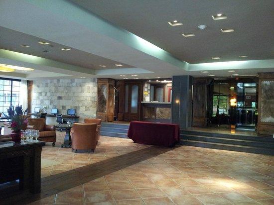 Posada Los Alamos: Lobby