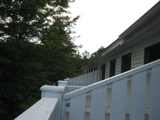 Lodge at Jackson Village: Balconies on second floor